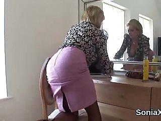 Unfaithful british milf gill ellis shows off her gigantic boobs