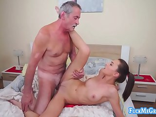 Slutty bitch gives old perv a good fuck for cash