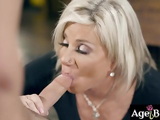 Slutty hag Payton Hall wants to fuck a younger dick so she seduces her new neighbor and let him pounded her old hungry pussy.