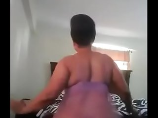 Ghanaian mom shaking her huge  ass like a pro