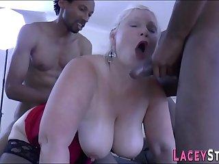 Brit granny spitroasted in threesome
