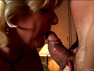 Cute chunky old spunker is a super hot fuck and loves the taste of cum