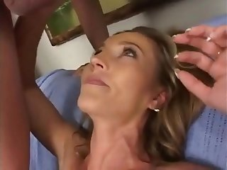 seeking horny mothers in the street